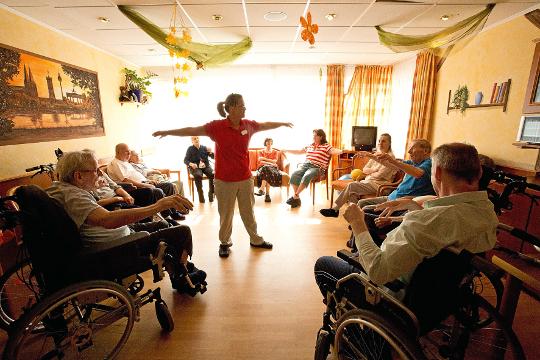 besch tztes wohnen senioren und therapiezentrum haus an. Black Bedroom Furniture Sets. Home Design Ideas